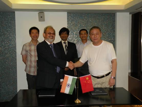 复旦大学社会科学高研院与印度观察家研究基金会签署合作协议